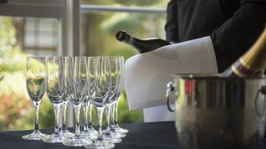 Private parties Loudon Suite champagne