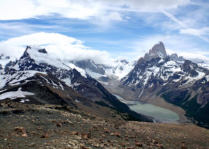 Pliegue Tumbado and Cerro Fitz Roy